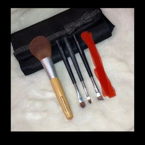 Eco-friendly Brush Set with Case